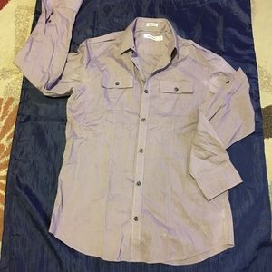 Men's dress shirt. Size small and gently used.